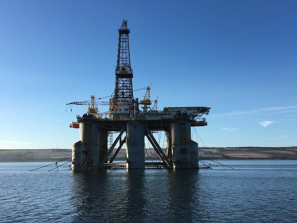 Farm-out: quando as empresas de petróleo vendem seus direitos de exploração