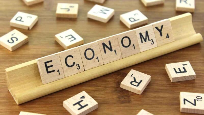 Desenvolvimento econômico: conheça as principais teorias a respeito