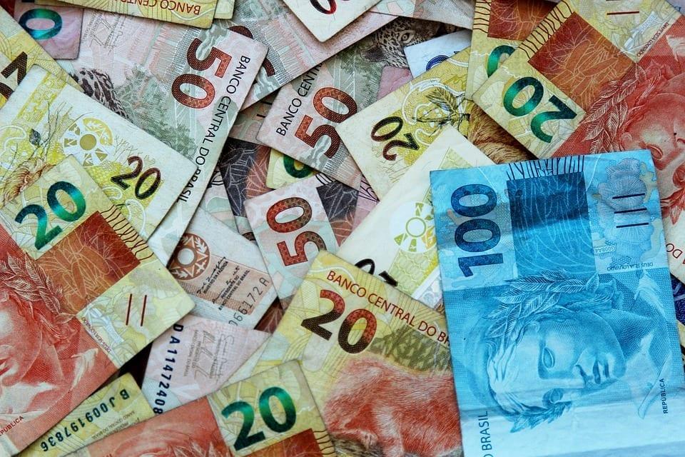 O que é reserva fracionária e como esse sistema atua na expansão da base monetária