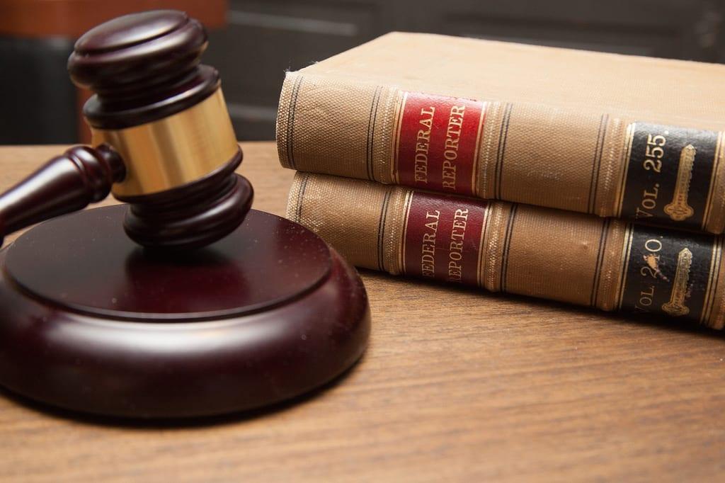 Risco Legal: como a insegurança jurídica pode afetar seus investimentos?