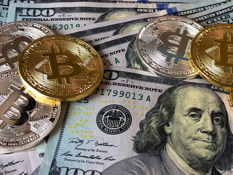 BTC: conheça a história do bitcoin e saiba seus riscos