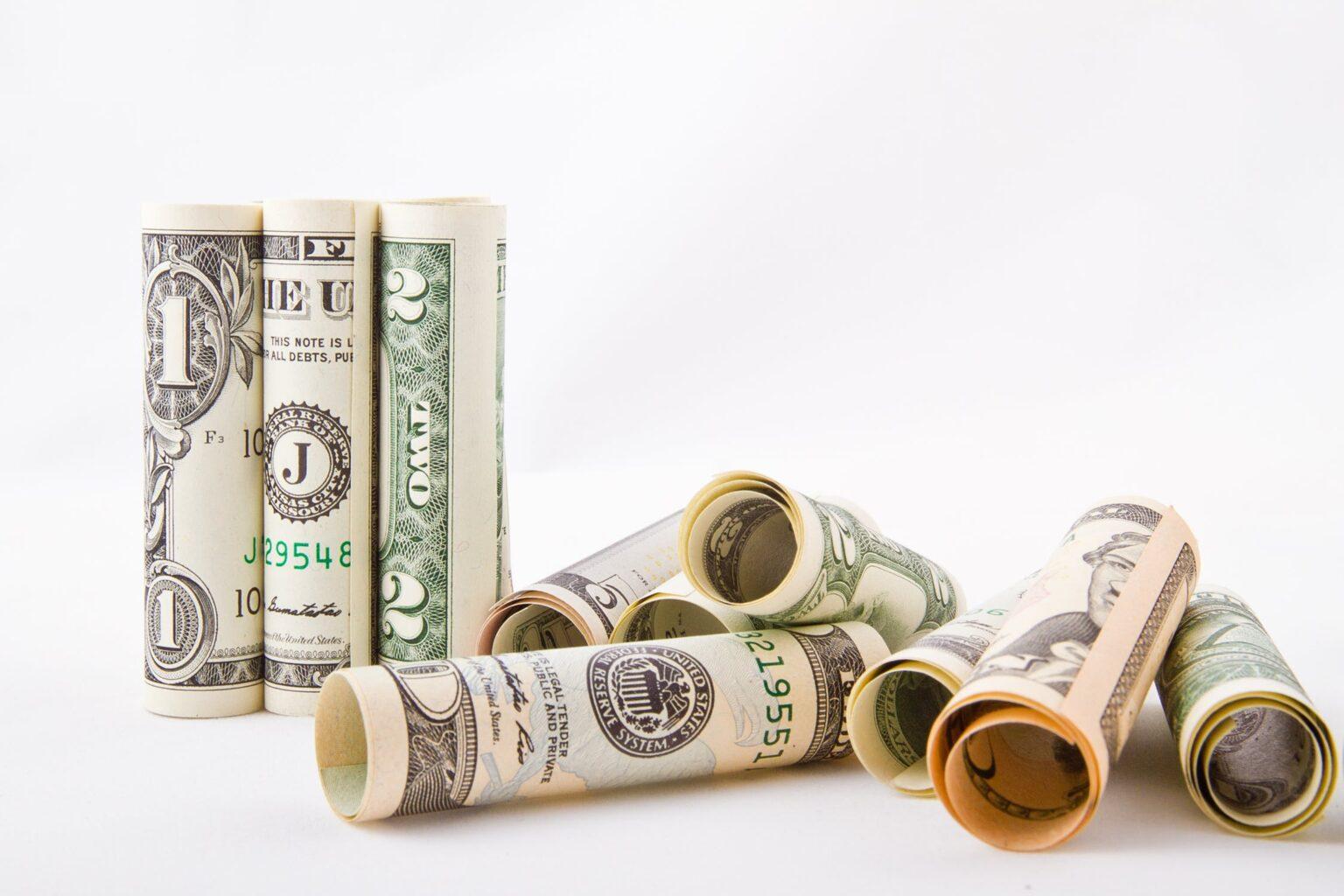 Dólar comercial: para que serve? Qual a diferença para o dólar turismo?