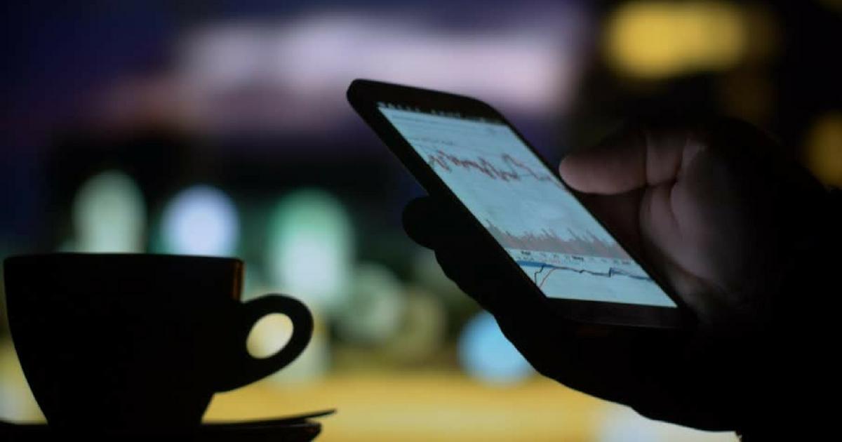 Morning Call: Concentração de renda e Smartphones