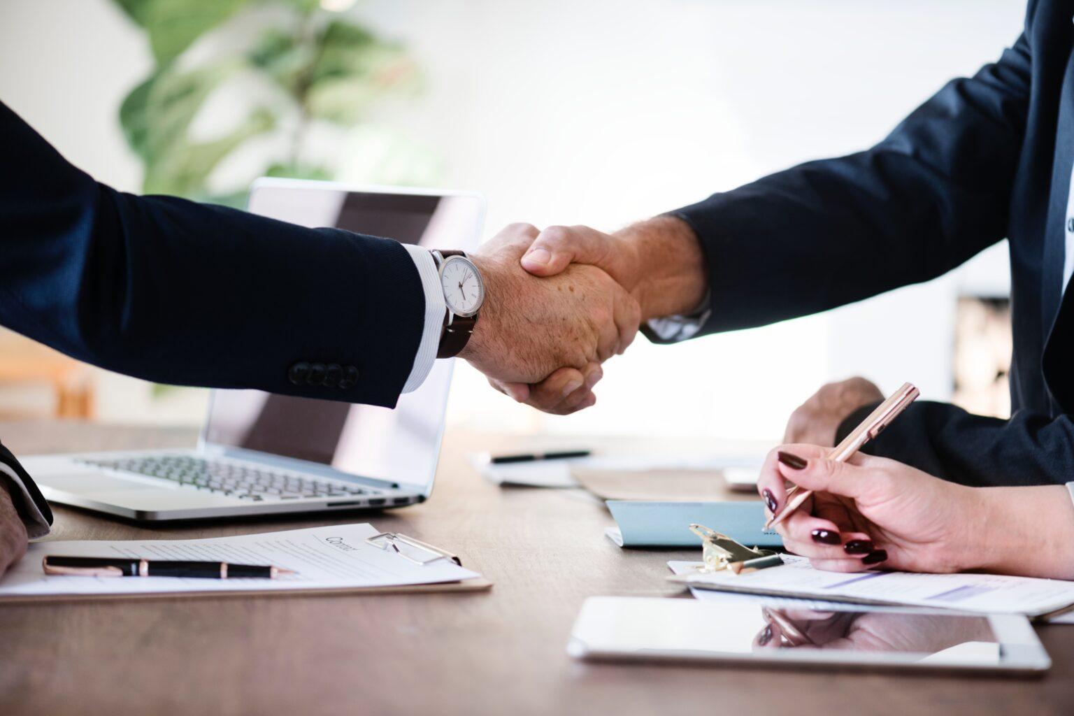 Incorporação de empresas: entenda como esse processo de aquisição funciona