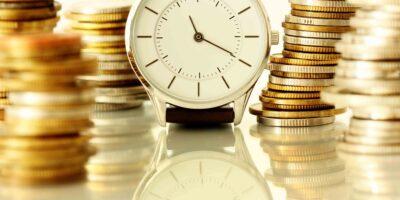 Qual é o momento certo para comprar e vender ações?