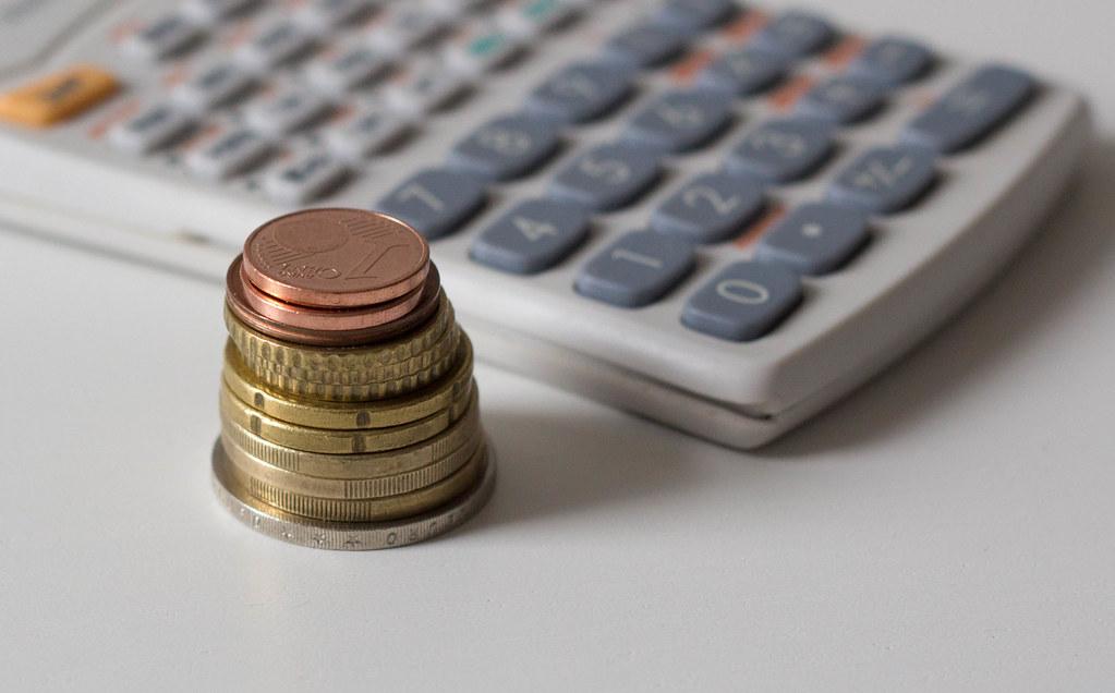 Saiba calcular juros e veja como isso pode ajudar nas finanças