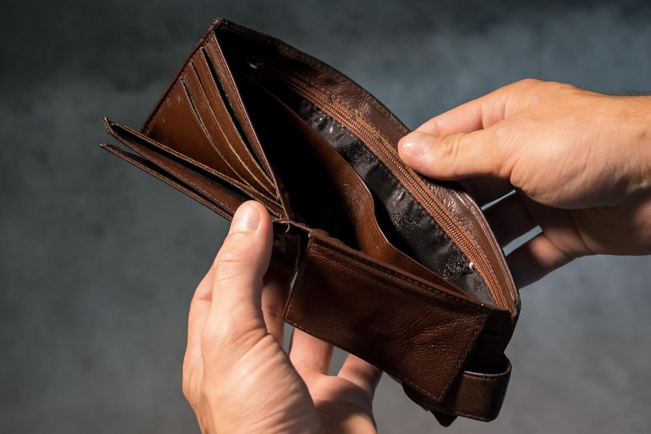 descontrole financeiro