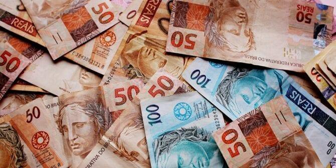 Dinheiro parado: entenda o prejuízo de deixá-lo na conta corrente