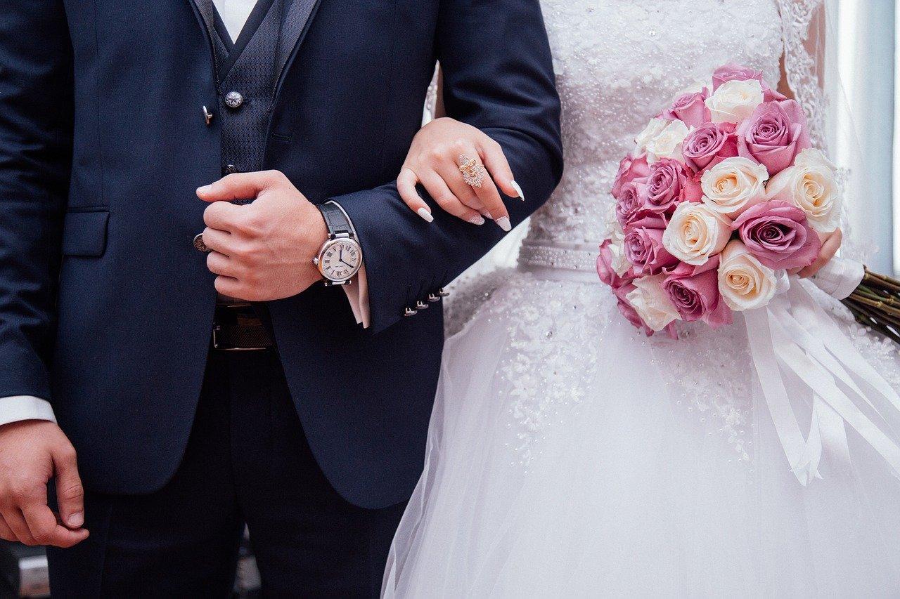 Juntar dinheiro para casar: como realizar esse sonho?