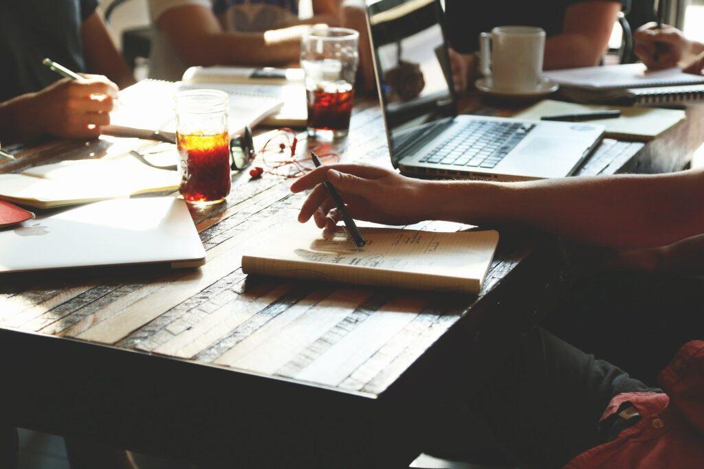 Como identificar e gerenciar o stakeholders em uma empresa