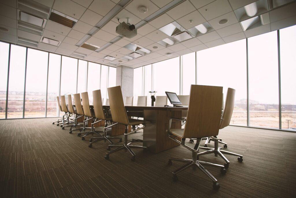 Quais as diferenças entre stakeholder e shareholder?