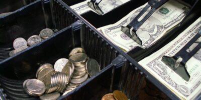 Gestão de Caixa: tudo o que você precisa saber e como aplicar no negócio