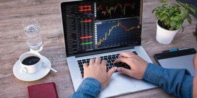 Como investir na bolsa? Vale a pena investir em renda variável?