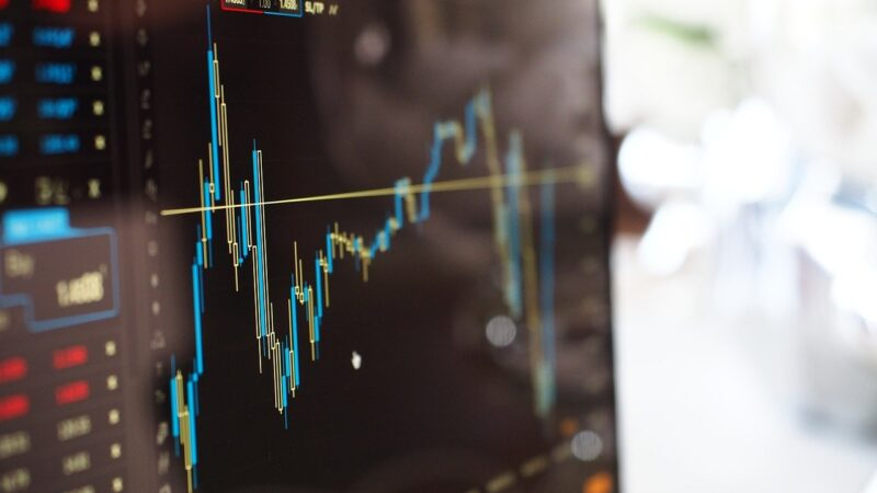 Sell in may and go away: descubra se vale a pena seguir essa teoria