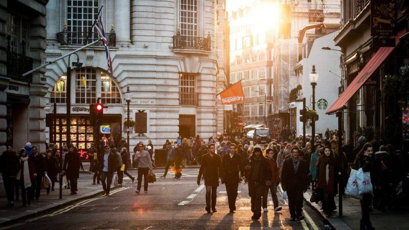 Inflação na Europa recua, LDO de 2022 é aprovada e safra de IPOs na B3