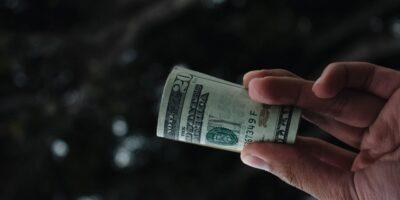 Top 3 empresas que vão pagar DIVIDENDOS ALTOS nos próximos meses