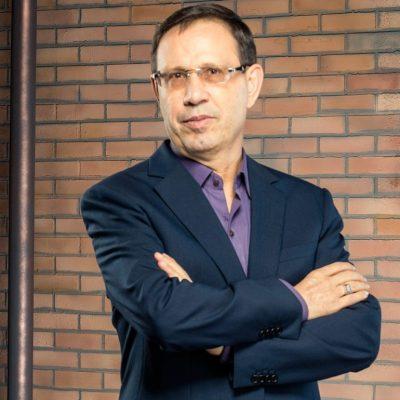 Carlos Wizard